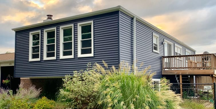 Painting Old Vinyl Siding Vs Replacement Pros Cons