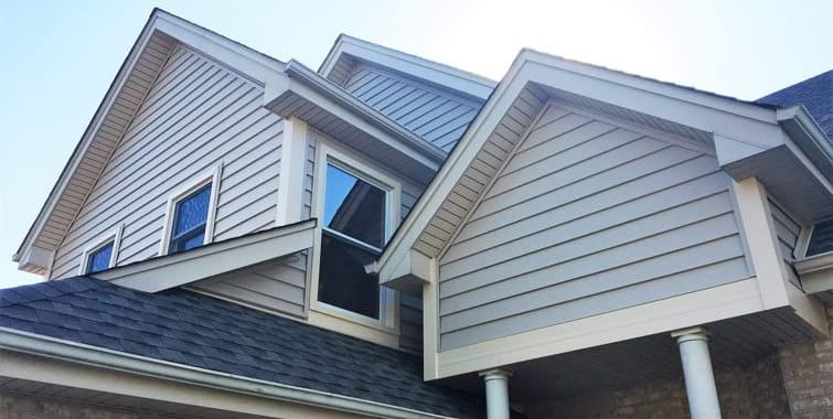 Painting Old Vinyl Siding Vs Siding Replacement Pros Cons
