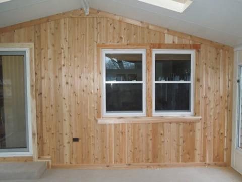 Cedar siding in Rolling Meadows project photo 4