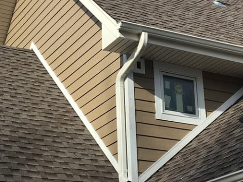 LP Diamond Kote siding installation and gutters replacement in Naperville project photo 9