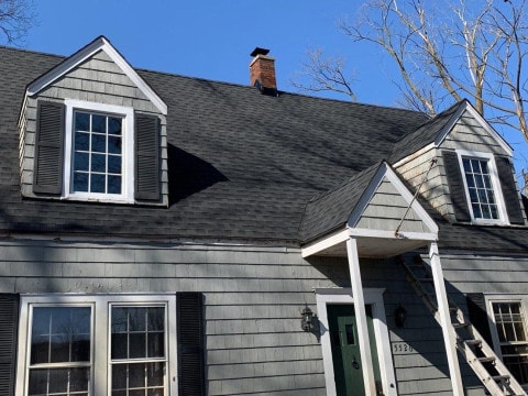 Shingle roof replacement in Clarendon Hills project photo