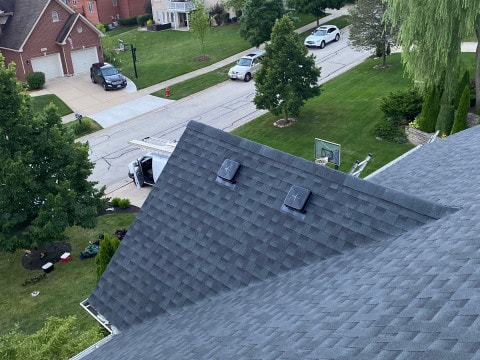 Shingle roof replacement in Willow Springs project photo 2