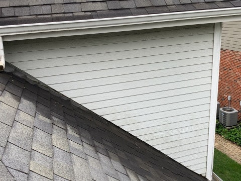 Shingle roof replacement in Willowbrook project photo 5