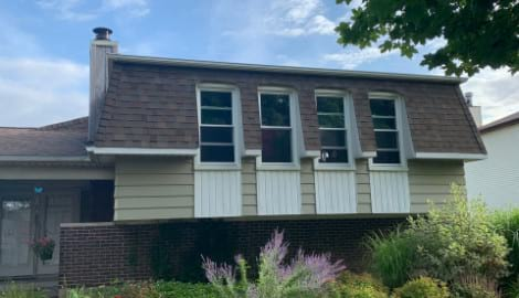 New vinyl siding installation in Bolingbrook project photo 5